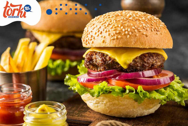 banh-mi-hamburger-co-huong-vi-tuong-tu-banh-mi-viet-nam-phu-hop-nhieu-doi-tuong