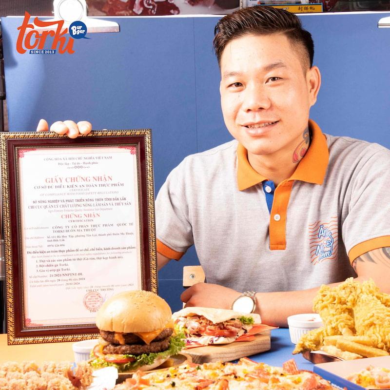 thoa-thuan-hop-dong-mo-hinh-nhuong-quyen-thuong-hieu-cung-torki-food