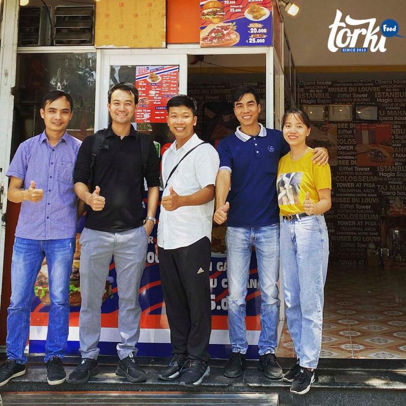 thuong-hieu-nhuong-quyen-se-la-nguoi-dong-hanh-cung-ban-trong-suot-chang-duong-kinh-doanh